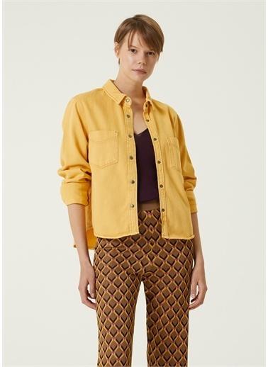 Beymen Club 101589331 Polo Yaka Uzun Kollu Çıtçıt Kapatlamalı Kutu Formlu Kadın Gömlek Sarı